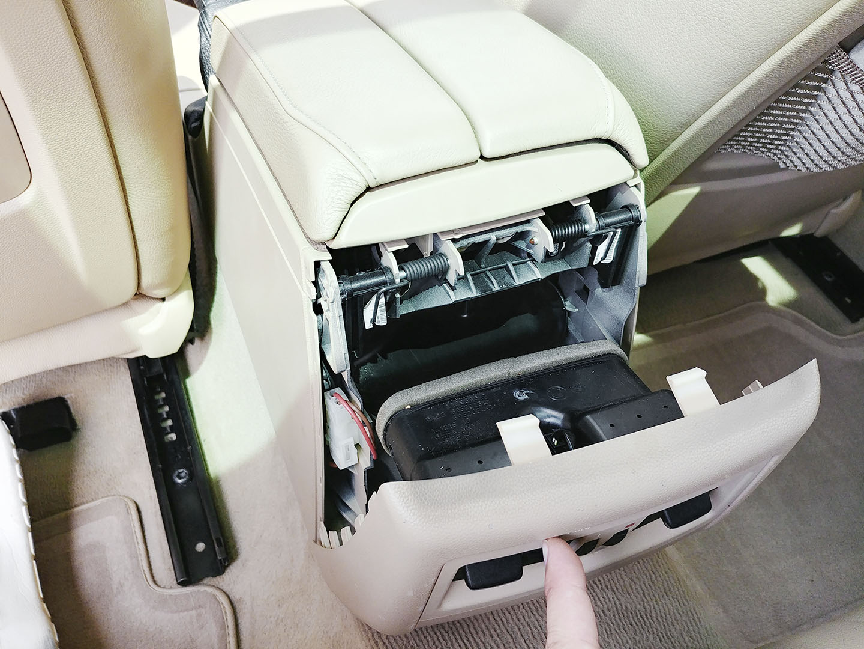 BMW E90 AUX PROBLEMA